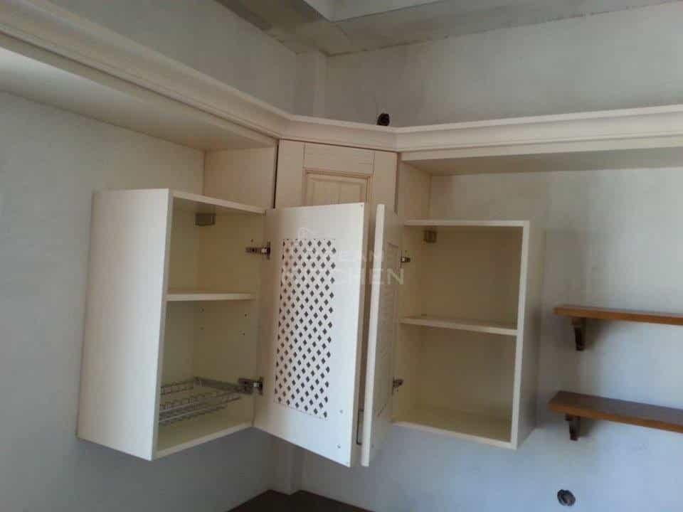 καφασωτά ντουλάπια κρεμαστά