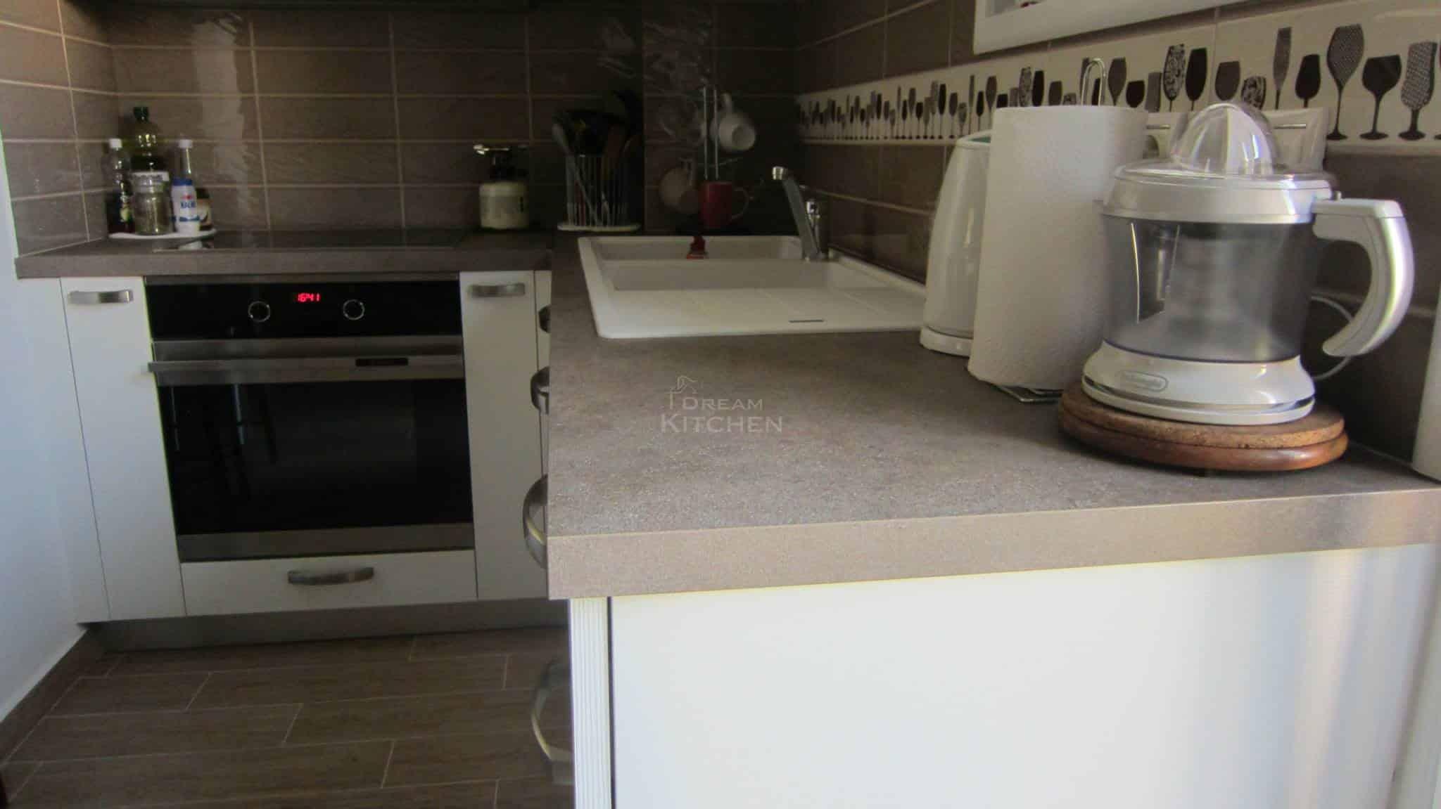 Κουζινα Πολυμερικο σε λευκο χρωματισμο 11