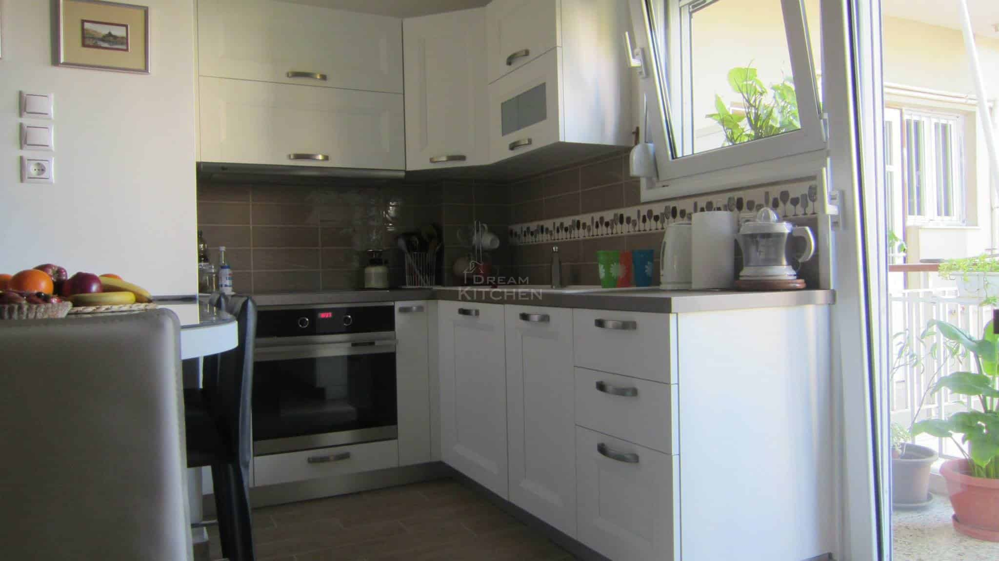 Κουζινα Πολυμερικο σε λευκο χρωματισμο 1