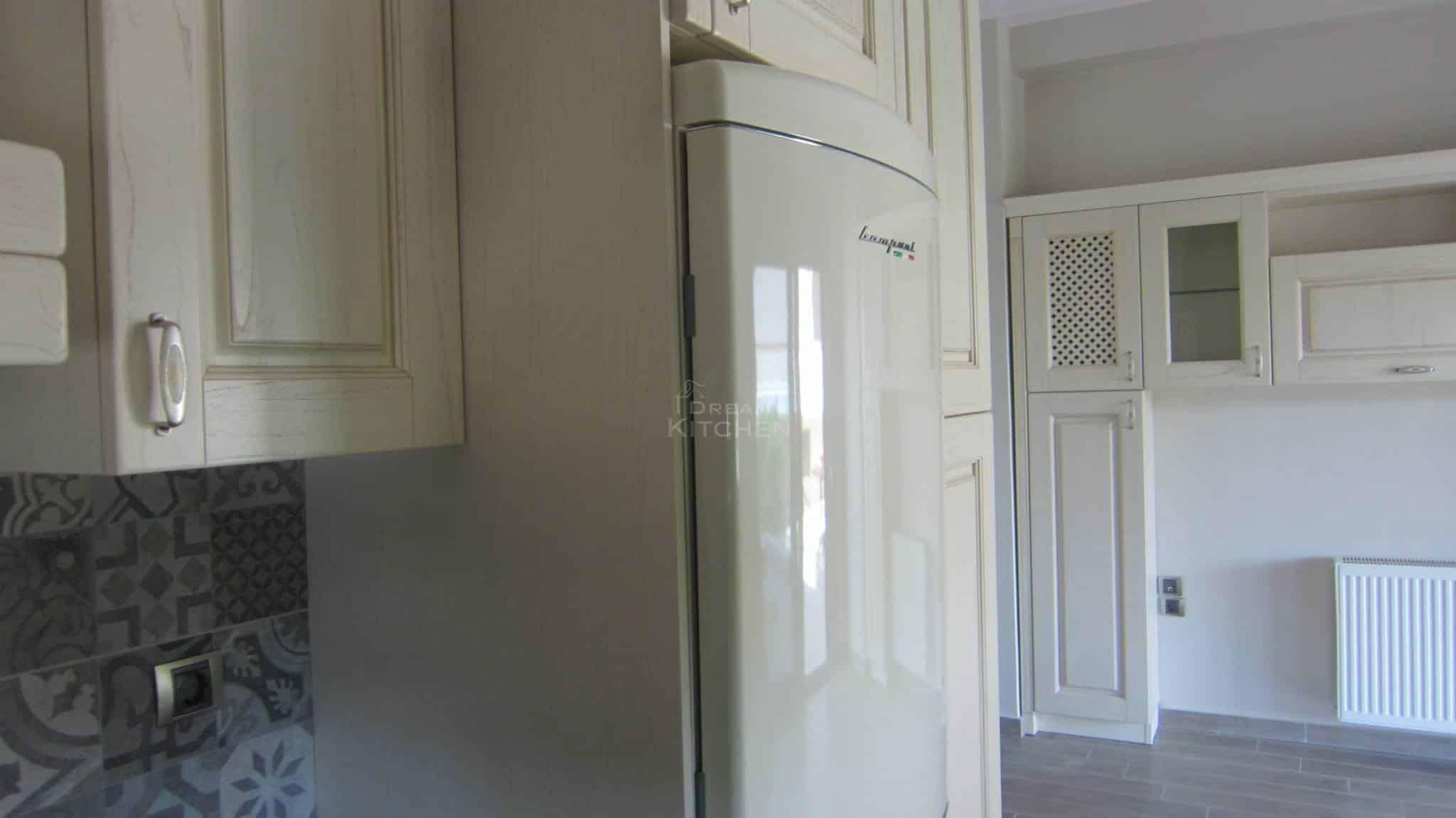 Πλήρης επίπλωση κατοικίας κουζινα μασιφ 27