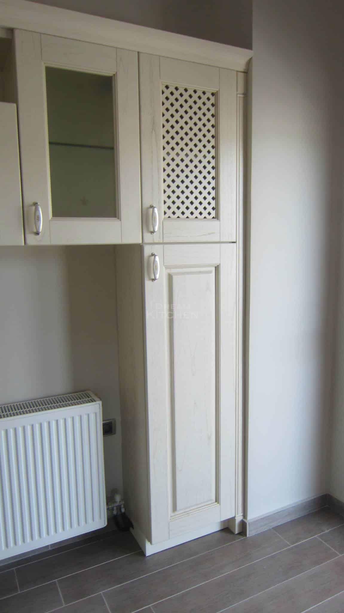 Πλήρης επίπλωση κατοικίας κουζινα μασιφ 48