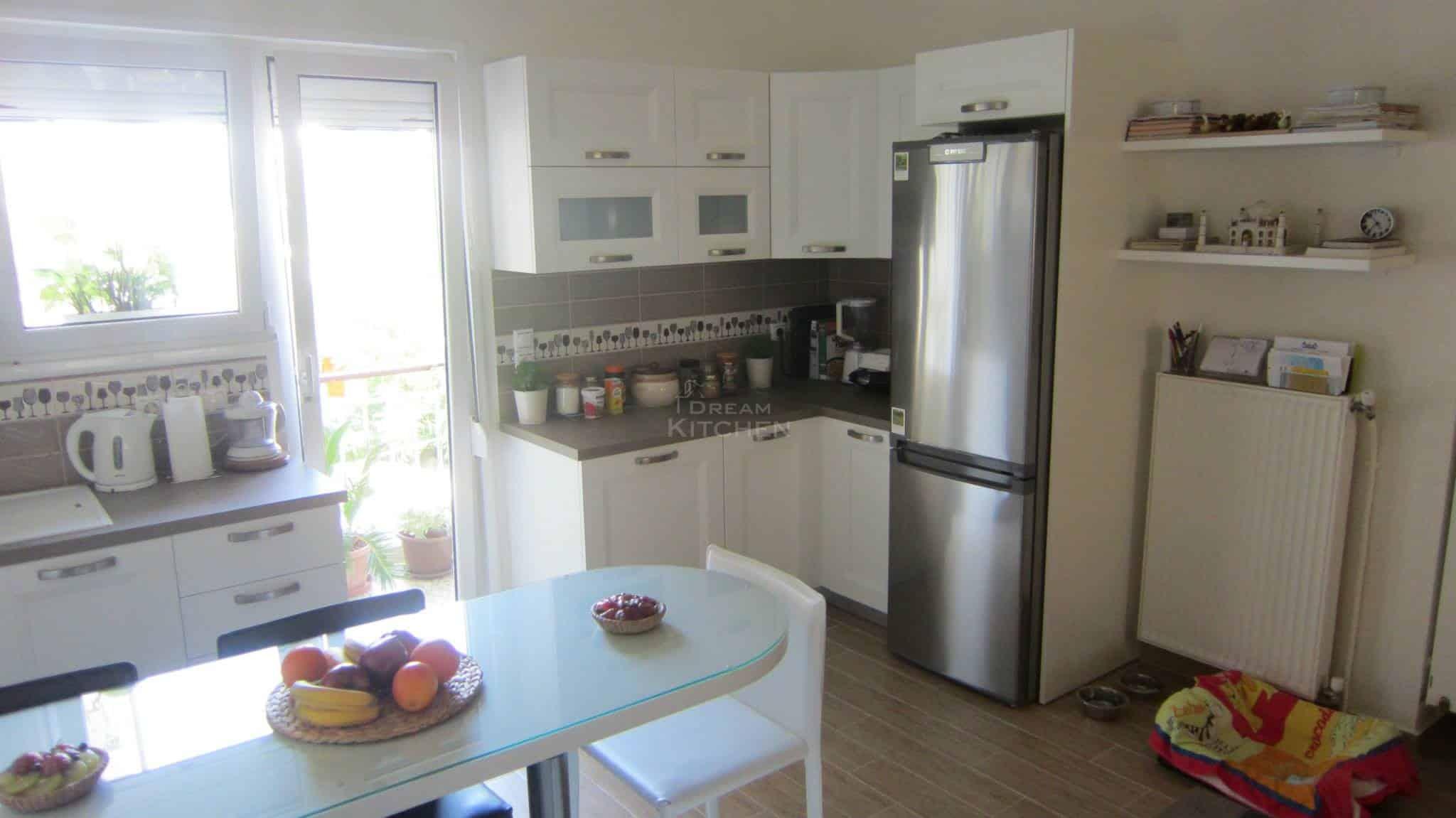 Κουζινα Πολυμερικο σε λευκο χρωματισμο 3