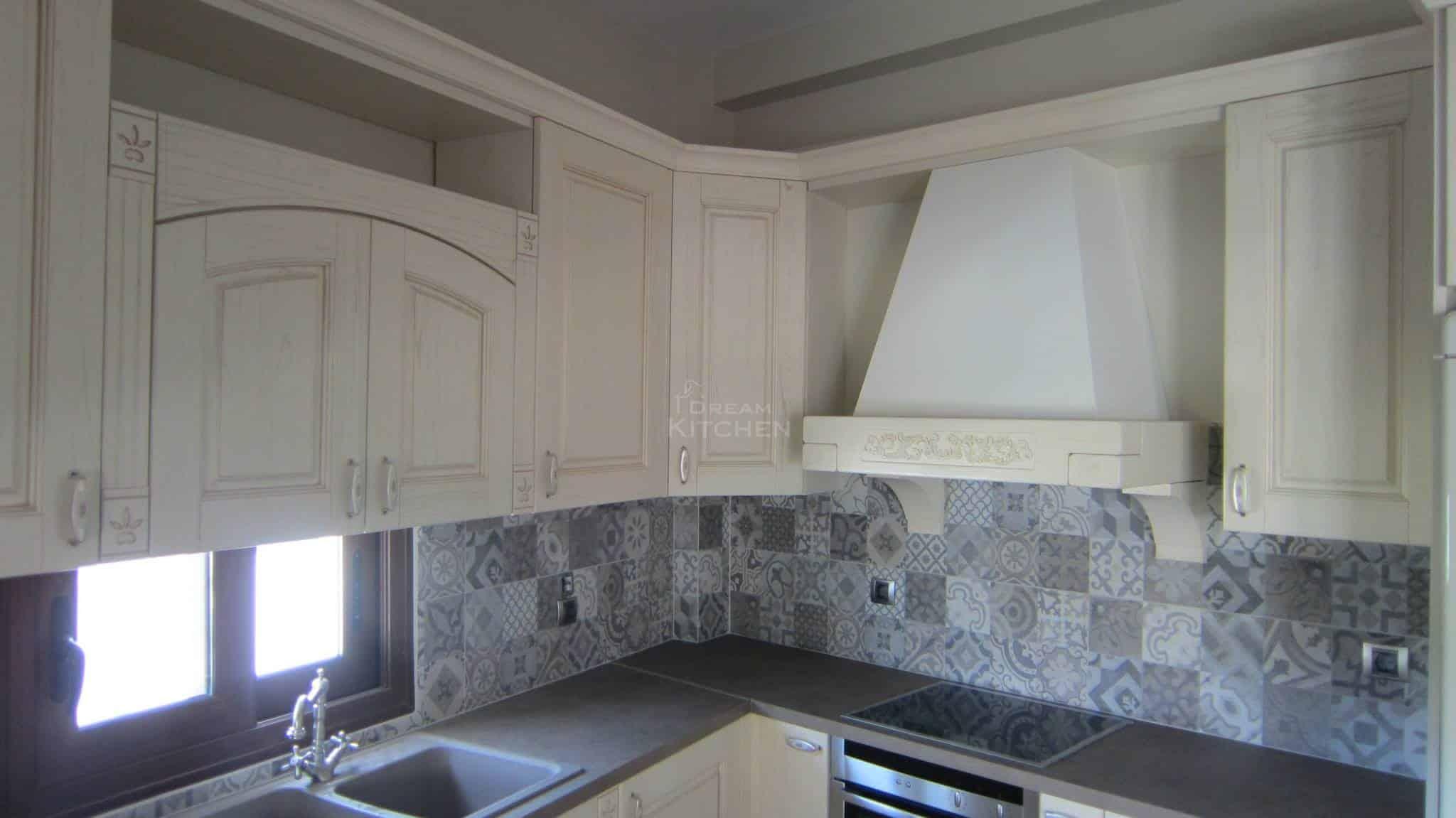 Πλήρης επίπλωση κατοικίας κουζινα μασιφ 63