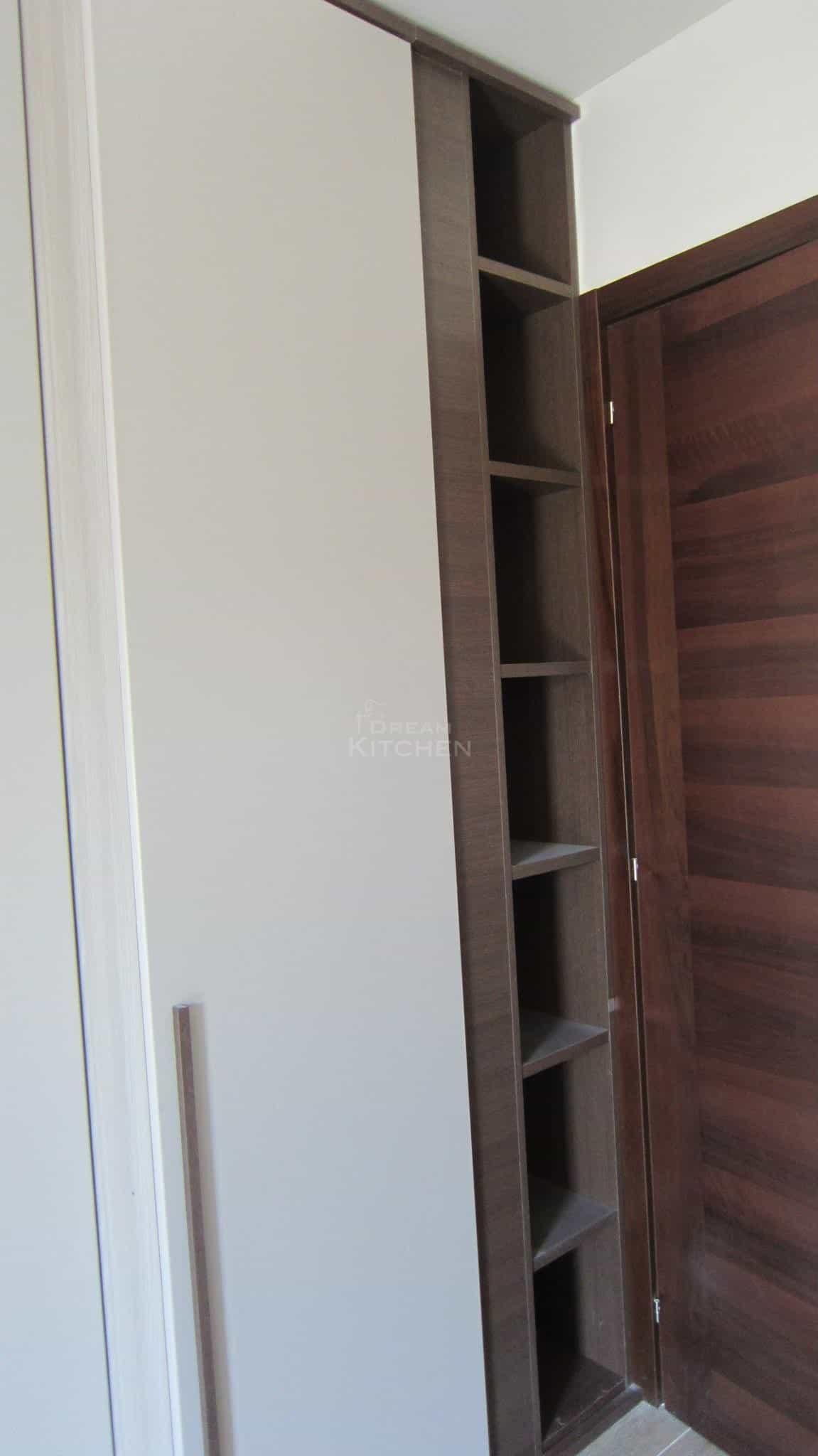 Πλήρης επίπλωση κατοικίας ντουλαπα βακελιτη 3