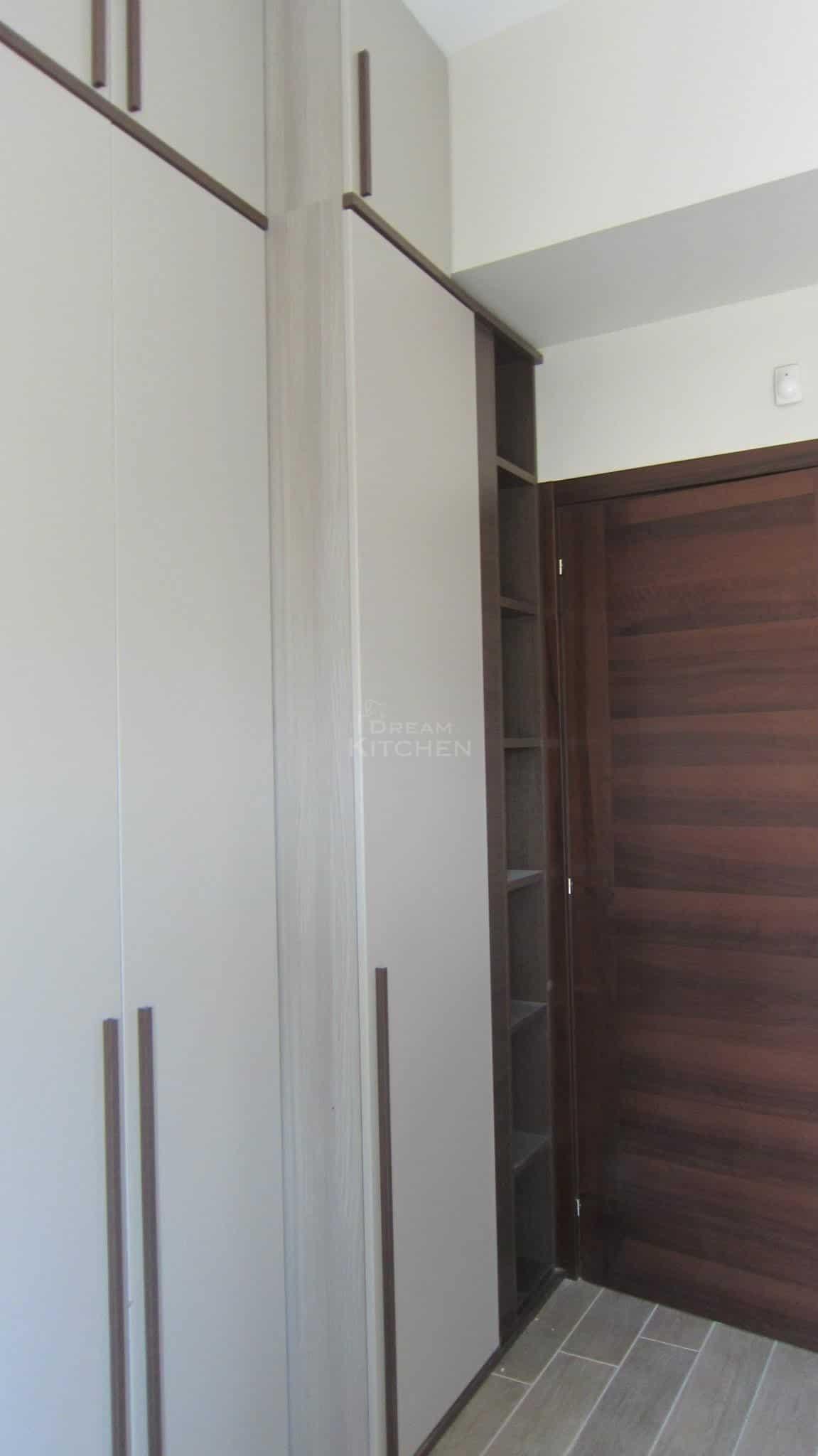 Πλήρης επίπλωση κατοικίας ντουλαπα βακελιτη 8