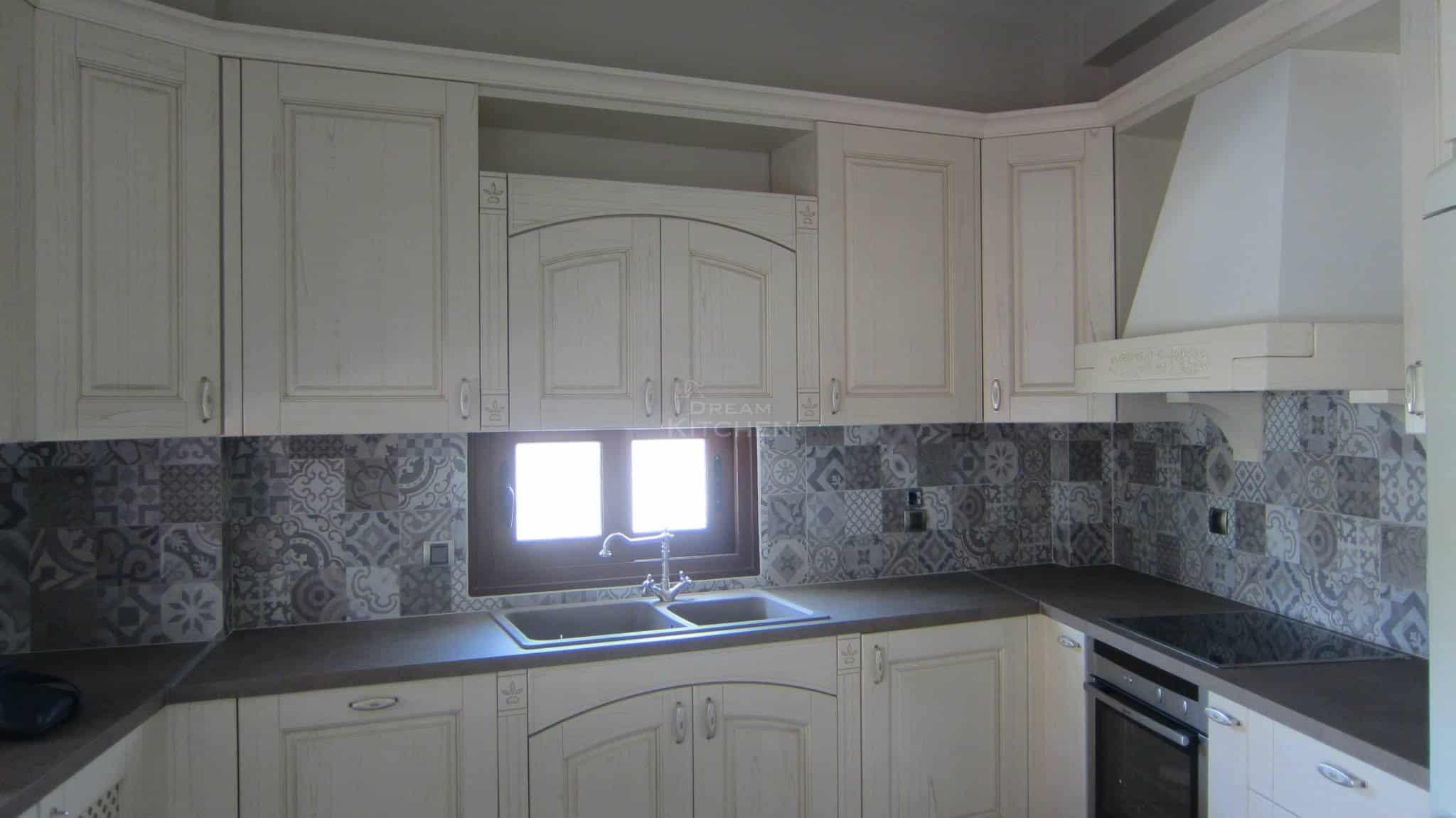 Πλήρης επίπλωση κατοικίας κουζινα μασιφ 8