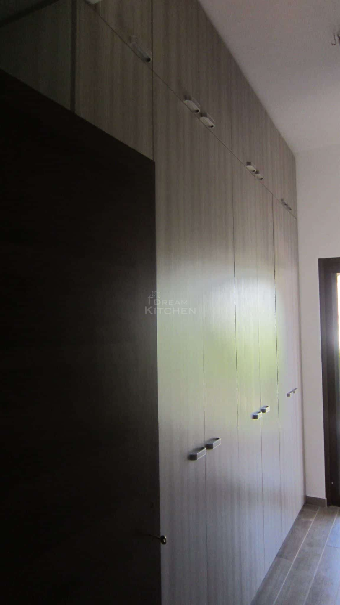 Πλήρης επίπλωση κατοικίας ντουλαπα βακελιτη 25