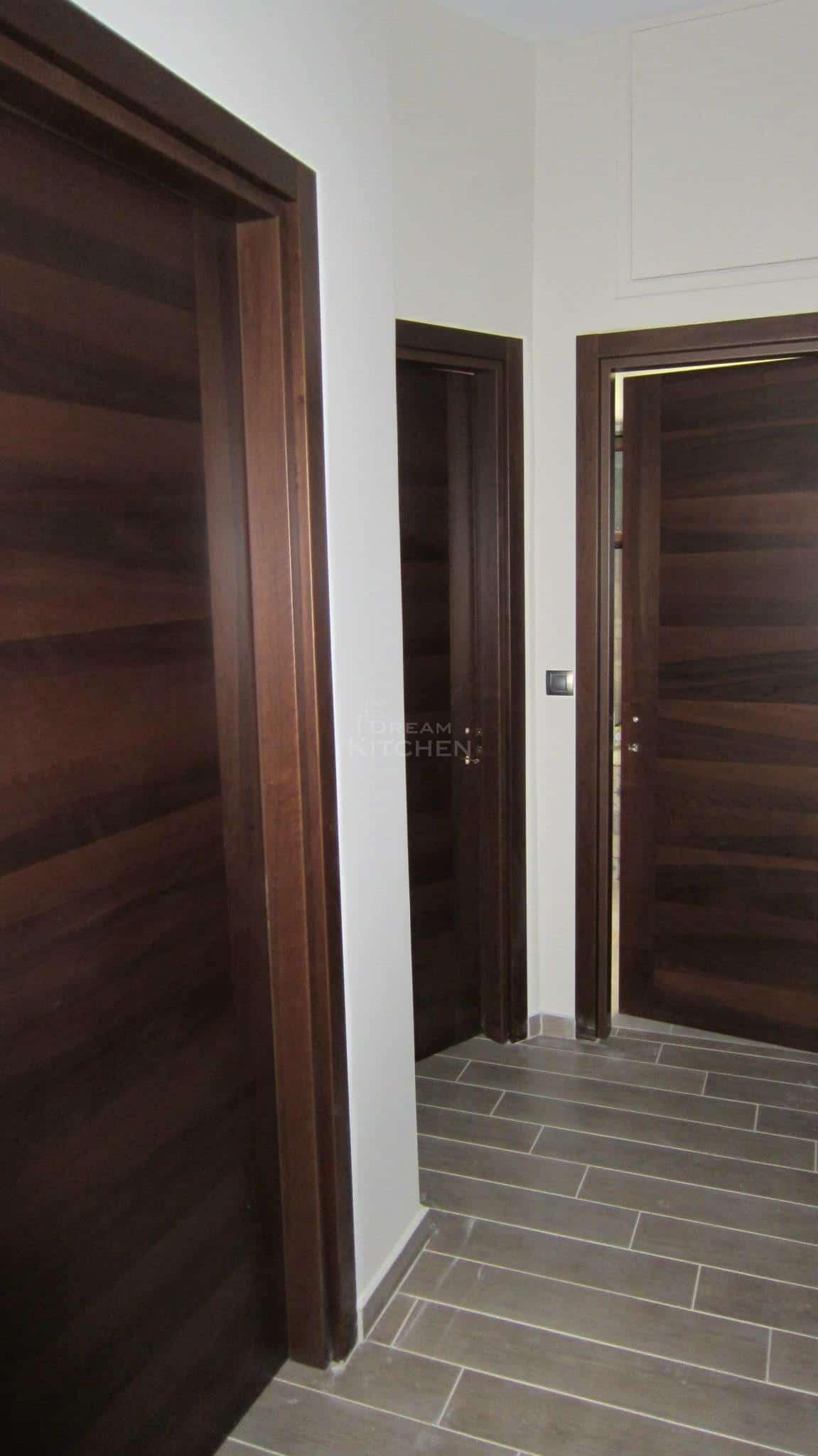 Πλήρης επίπλωση κατοικίας πορτα καπλαμα 9