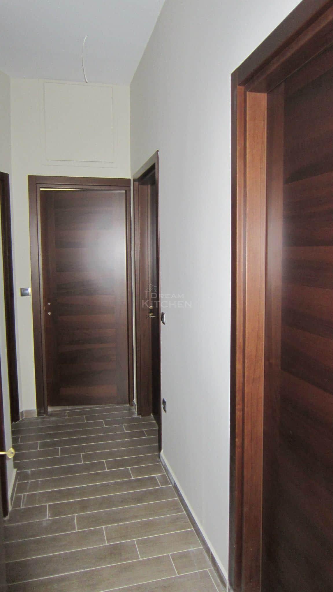 Πλήρης επίπλωση κατοικίας πορτα καπλαμα 10