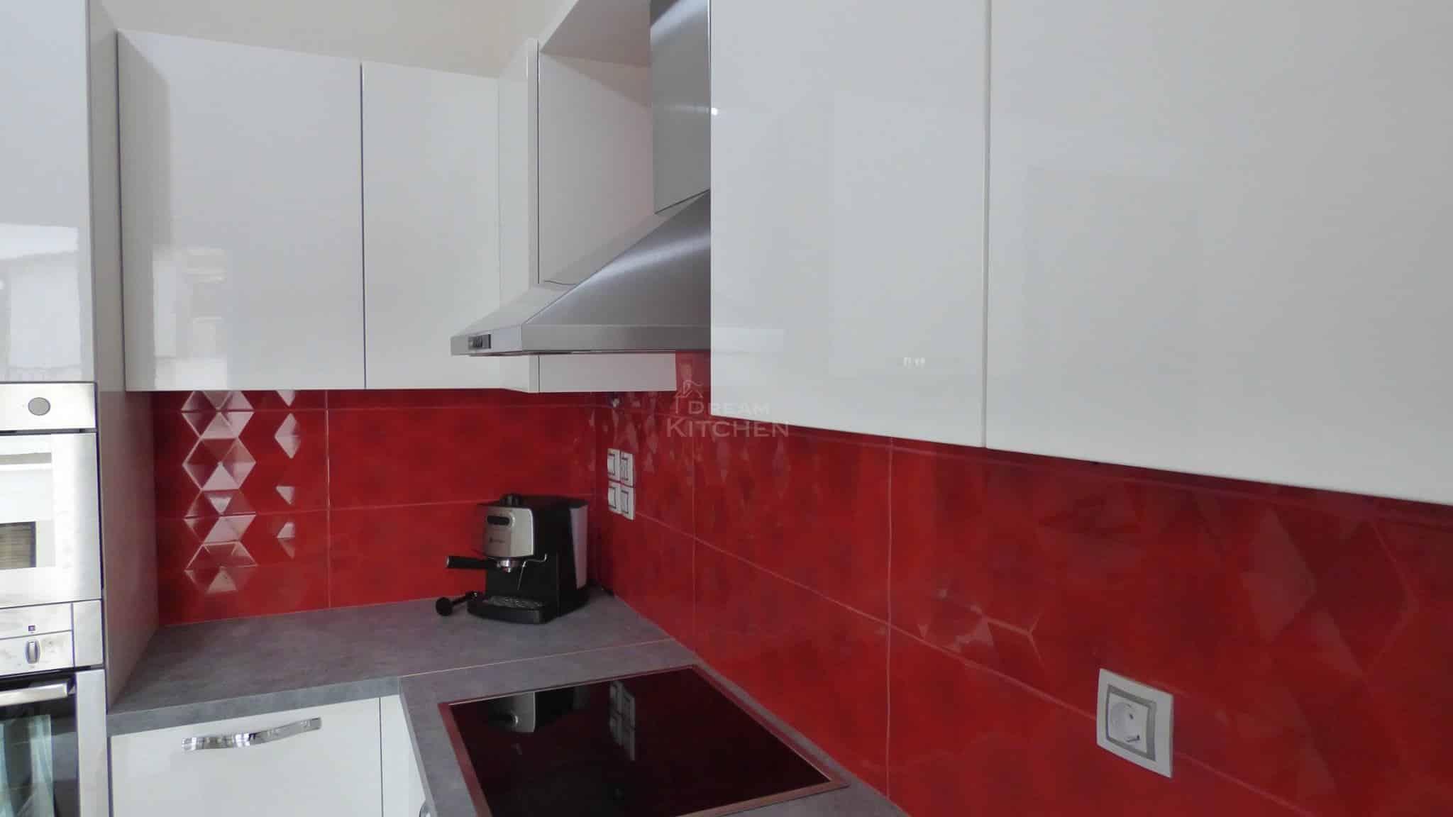 Επιπλα Κουζινας Λευκη Λακα 22mm 11