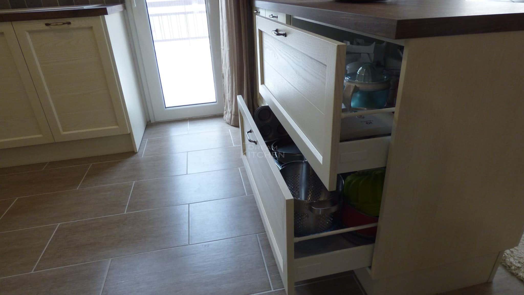 Κουζίνα Ημιμασίφ Dover 23