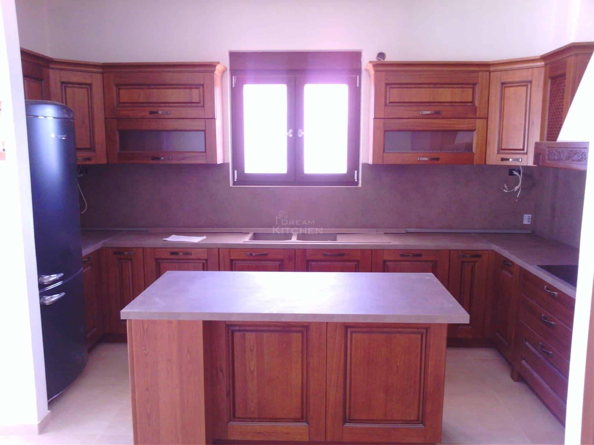 Επιπλα Κουζινας Μασιφ Ξυλο σε χρωματισμο Καστανια 1