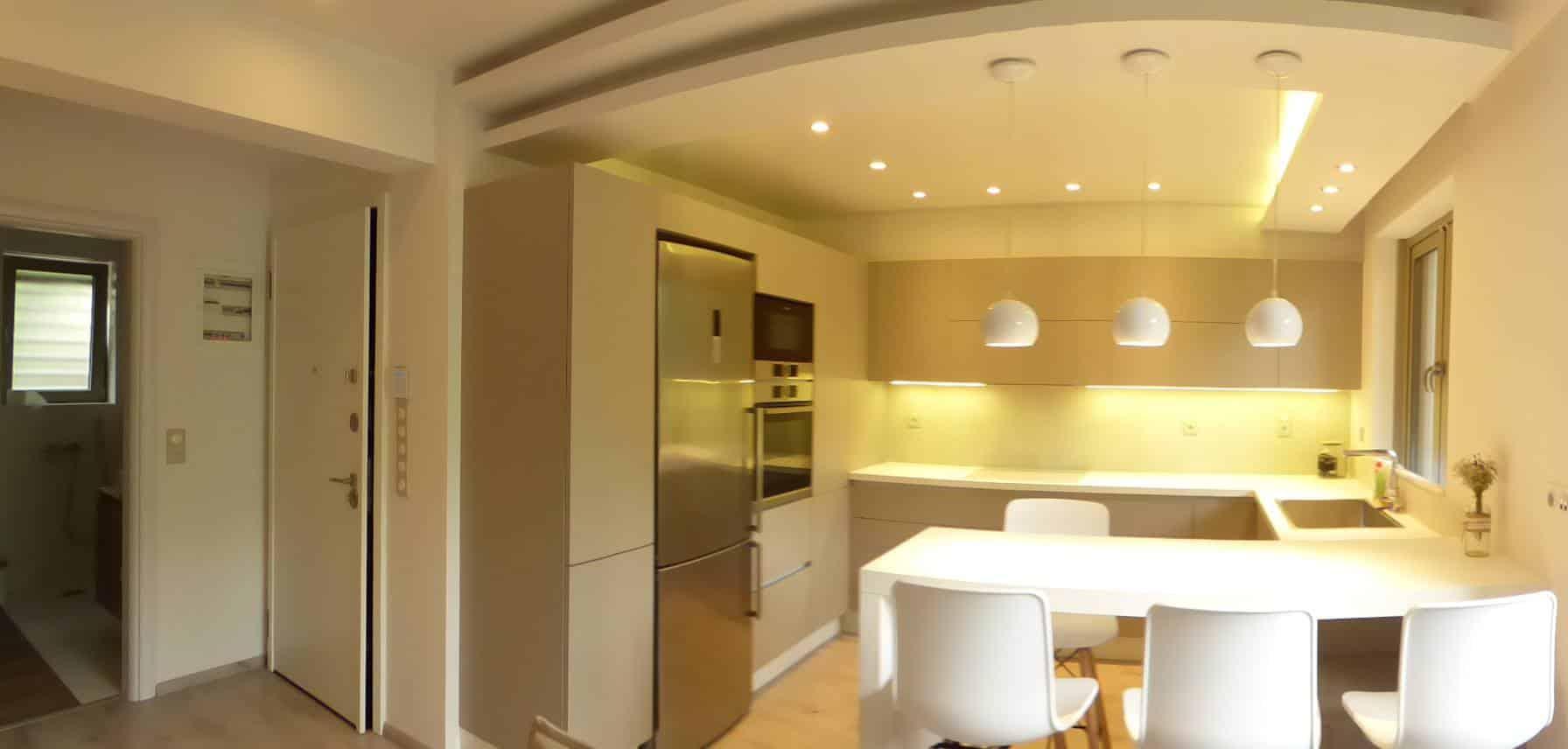 κατοικία στο Χαλάνδρι Επιπλα Κουζινας Υλικο PET MAXIMATT με GOLA 1