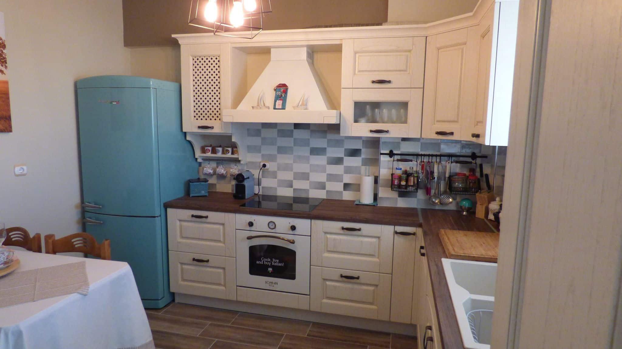 Ανακαίνιση Κουζίνας Αγ.Δημήτριος Επιπλα Κουζινας μασίφ πορτάκι Μοντέλο Olivia 3