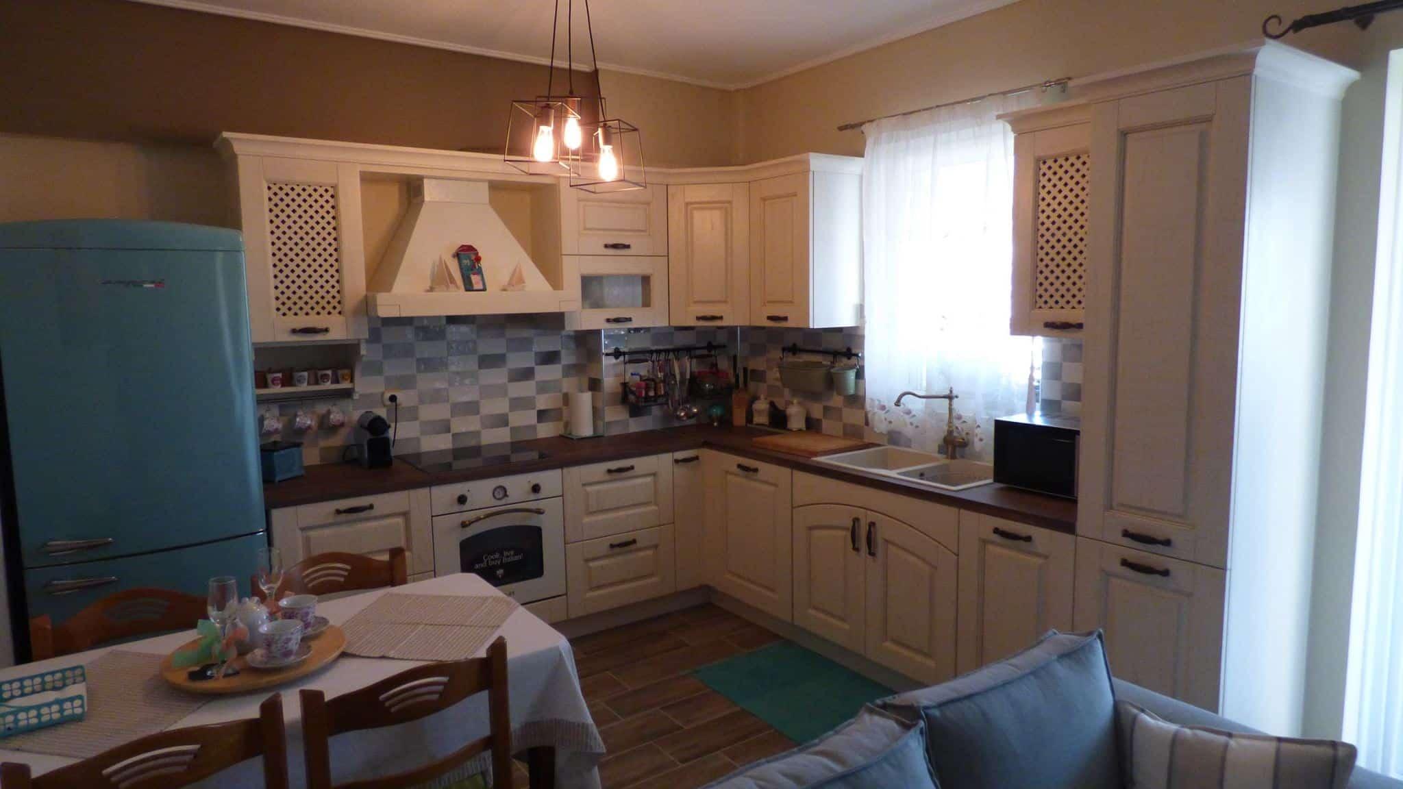 Ανακαίνιση Κουζίνας Αγ.Δημήτριος Επιπλα Κουζινας μασίφ πορτάκι Μοντέλο Olivia 4
