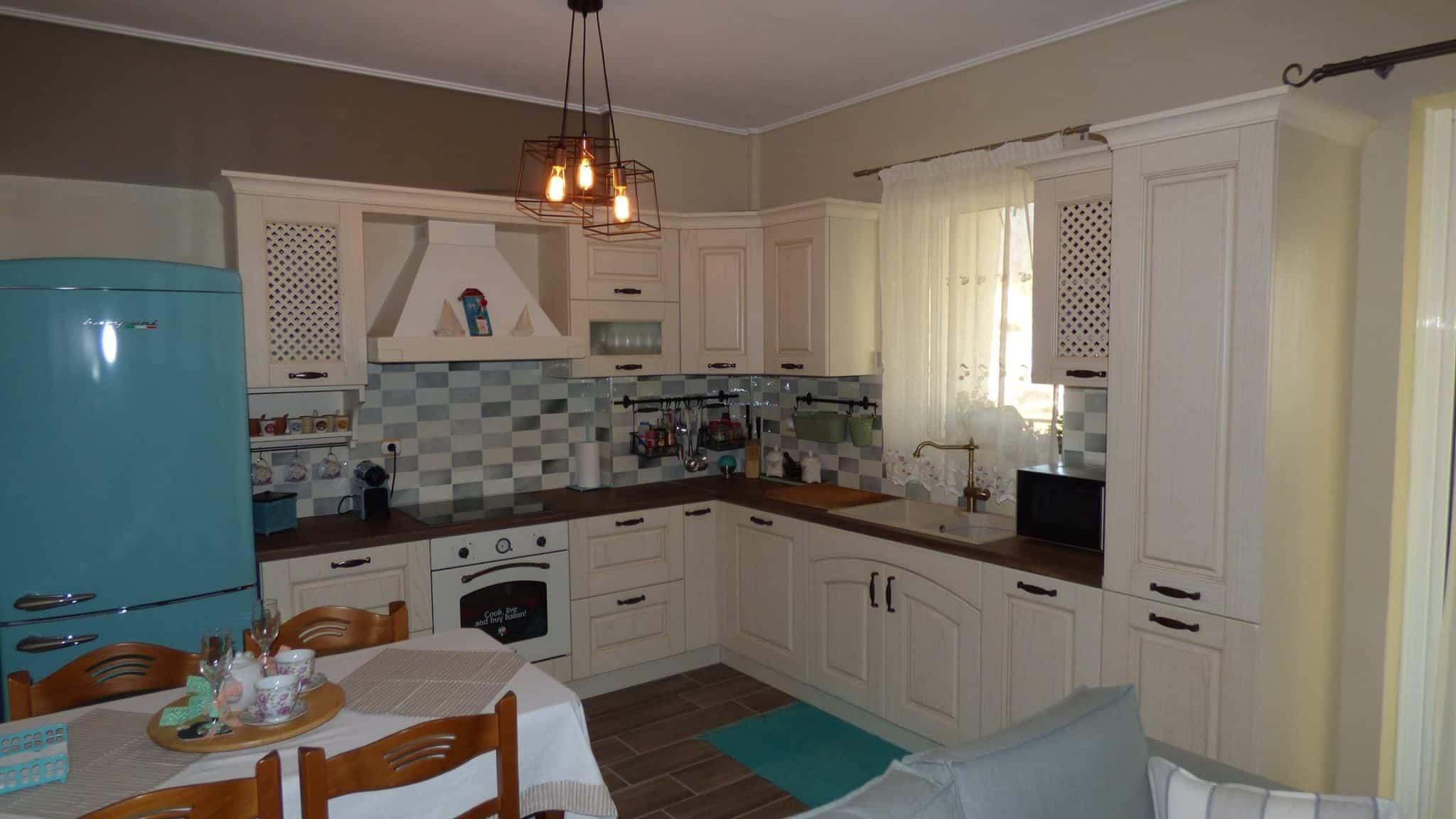 Ανακαίνιση Κουζίνας Αγ.Δημήτριος Επιπλα Κουζινας μασίφ πορτάκι Μοντέλο Olivia 5