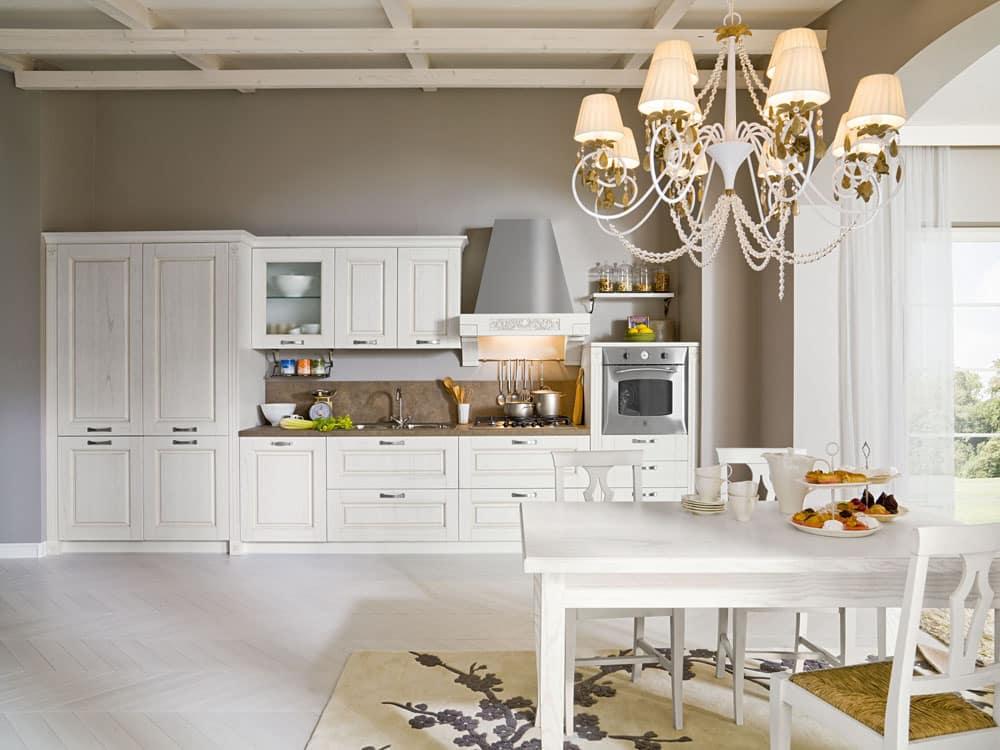 Μασιφ κουζινα Λευκή κουζίνα με ντεκαπέ βαφή