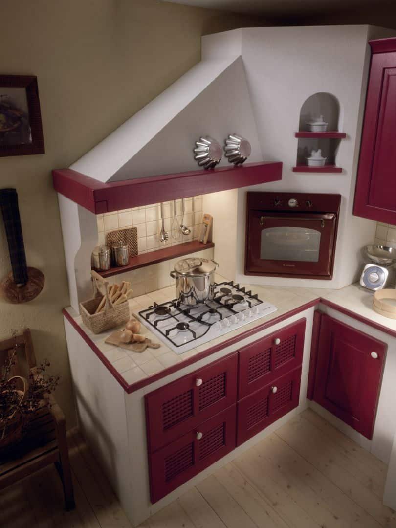 Isotta μασίφ κουζίνα μπορντό ντεκαπέ