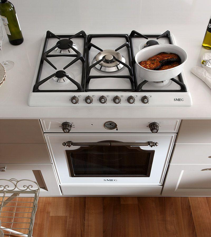 γκρι τόρτορα κουζίνα σε ματ χρωματισμό με βαφή νερού