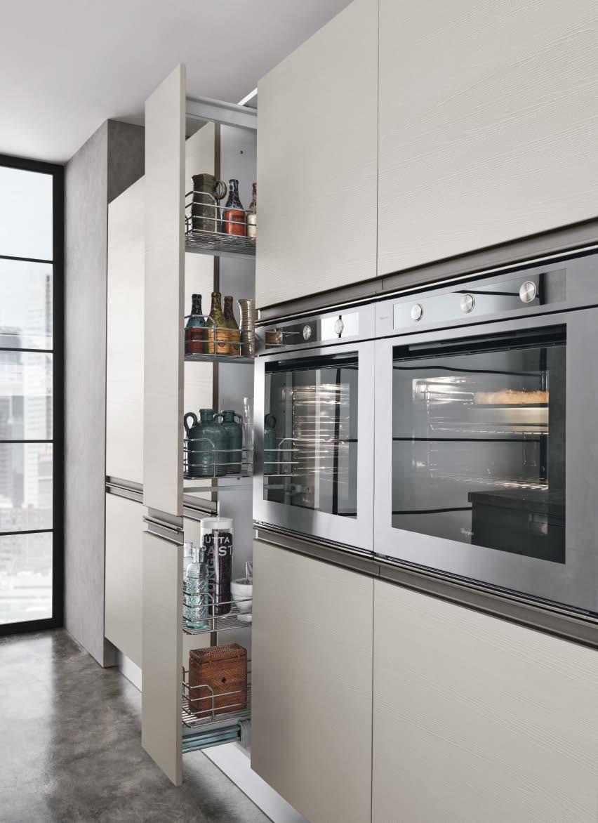 Linea κουζινα με ενσωματωμενη μεταλική λαβή σε γκρι γυαλιστερη λάκα και μελαμινη σε υφη ξυλου λεπτομερειες