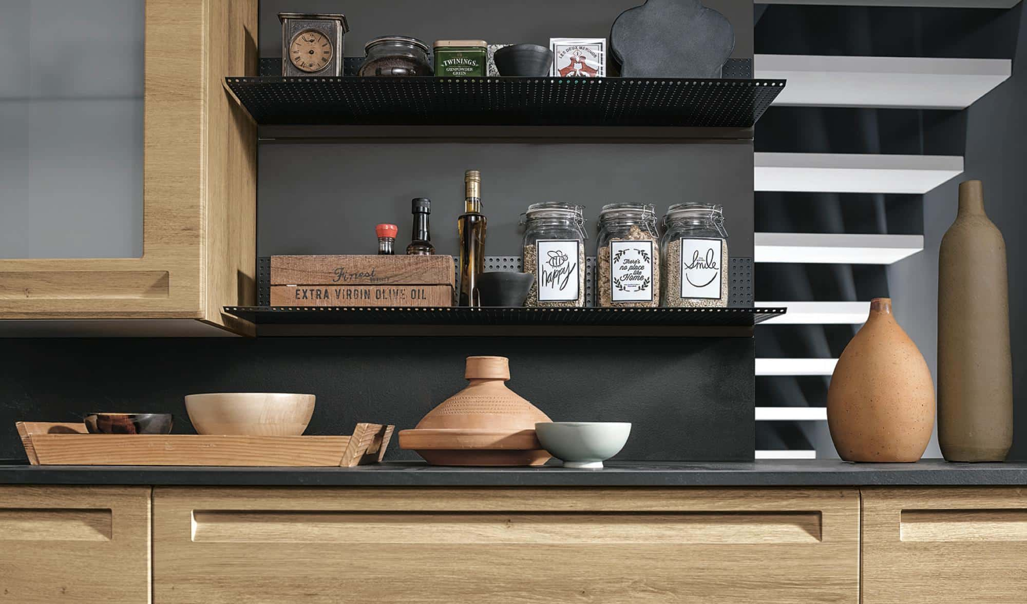 Isla κουζινα φυσικο και γκρι χρωματισμο πολυμερικο με ενσωματωμενη λαβη και ρετρο υφος λεπτομερειες