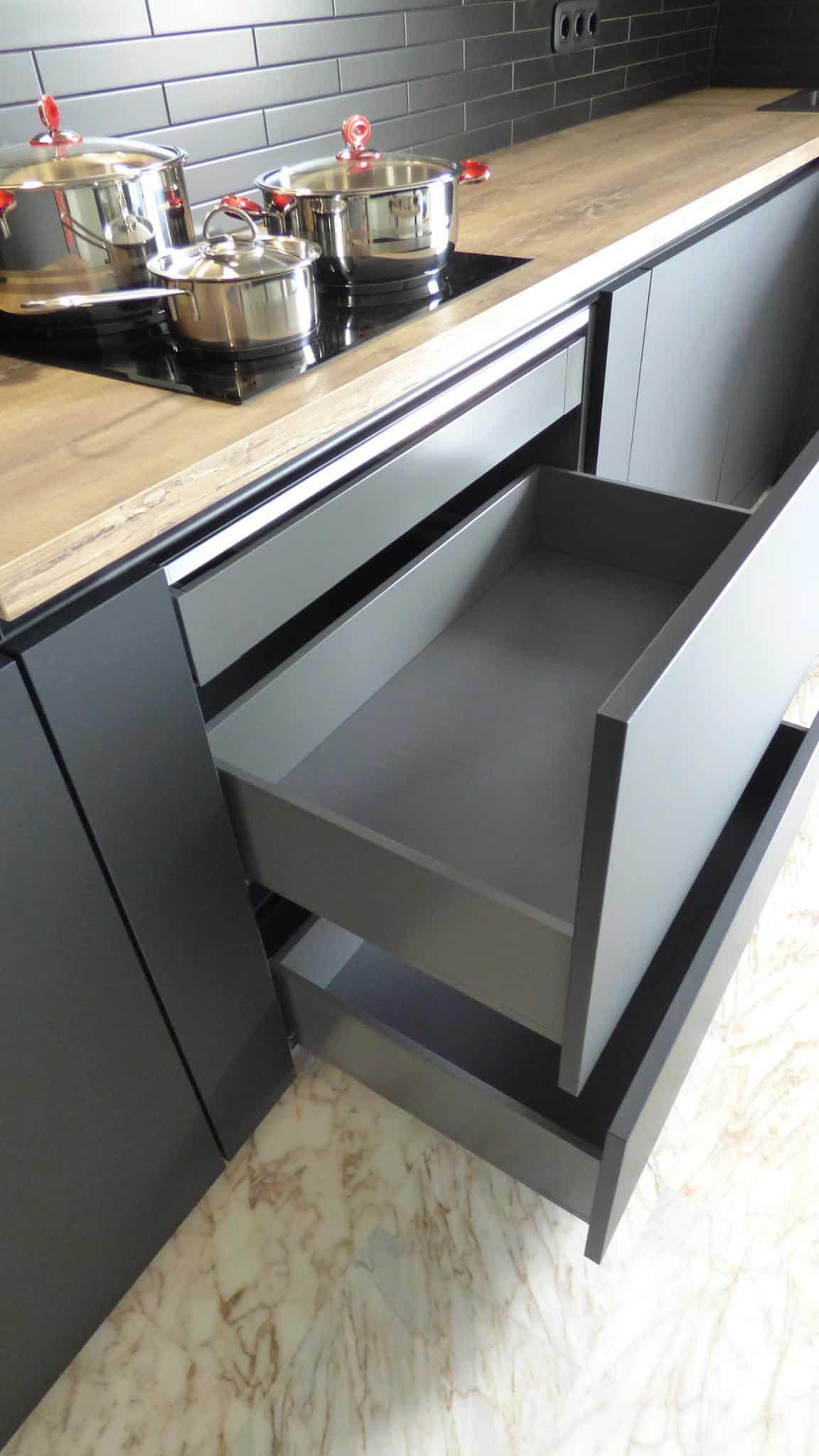 Επιπλα Κουζινας Fenix NTM® nero ingo 15
