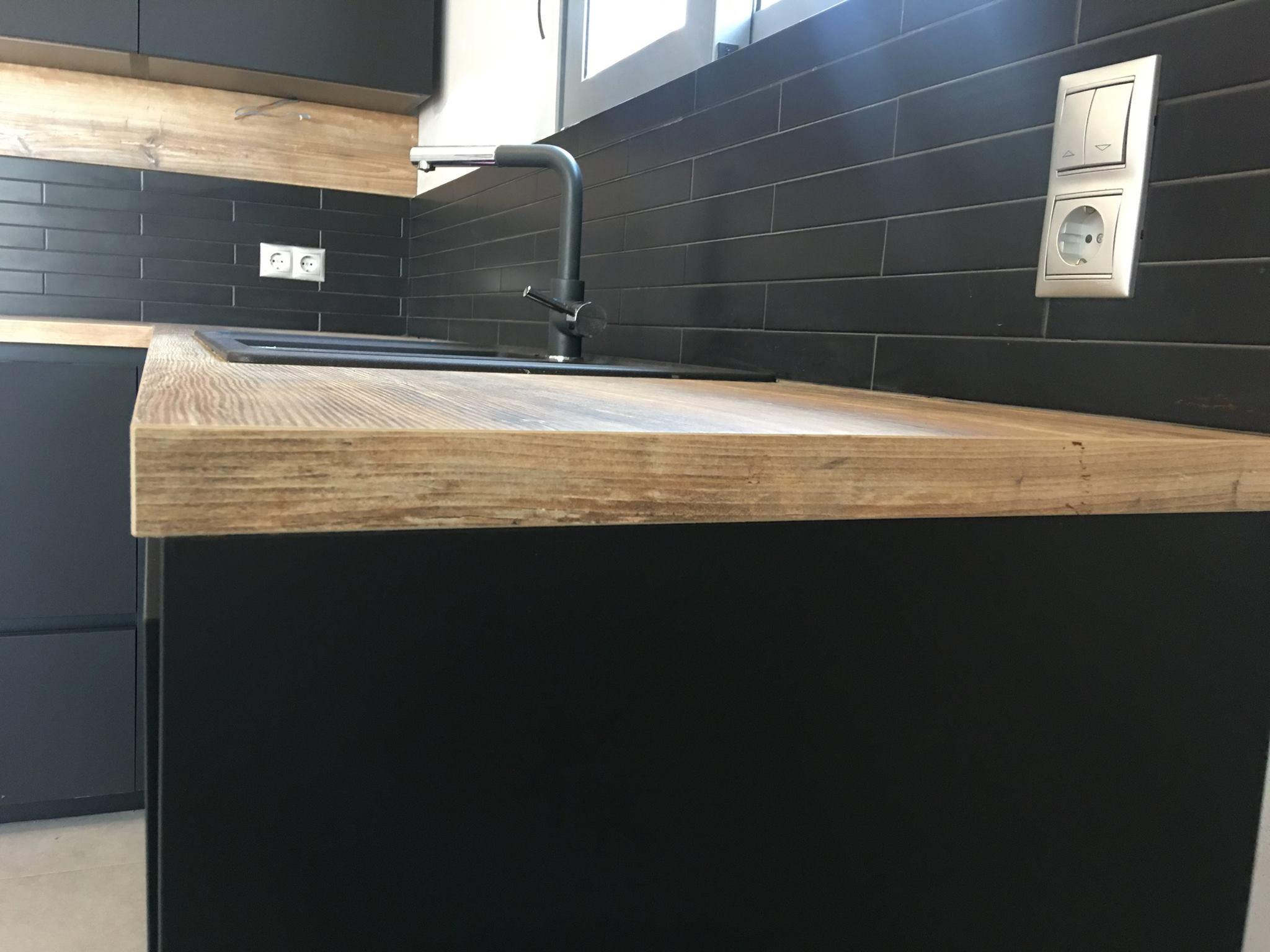 Επιπλα Κουζινας Fenix NTM®24