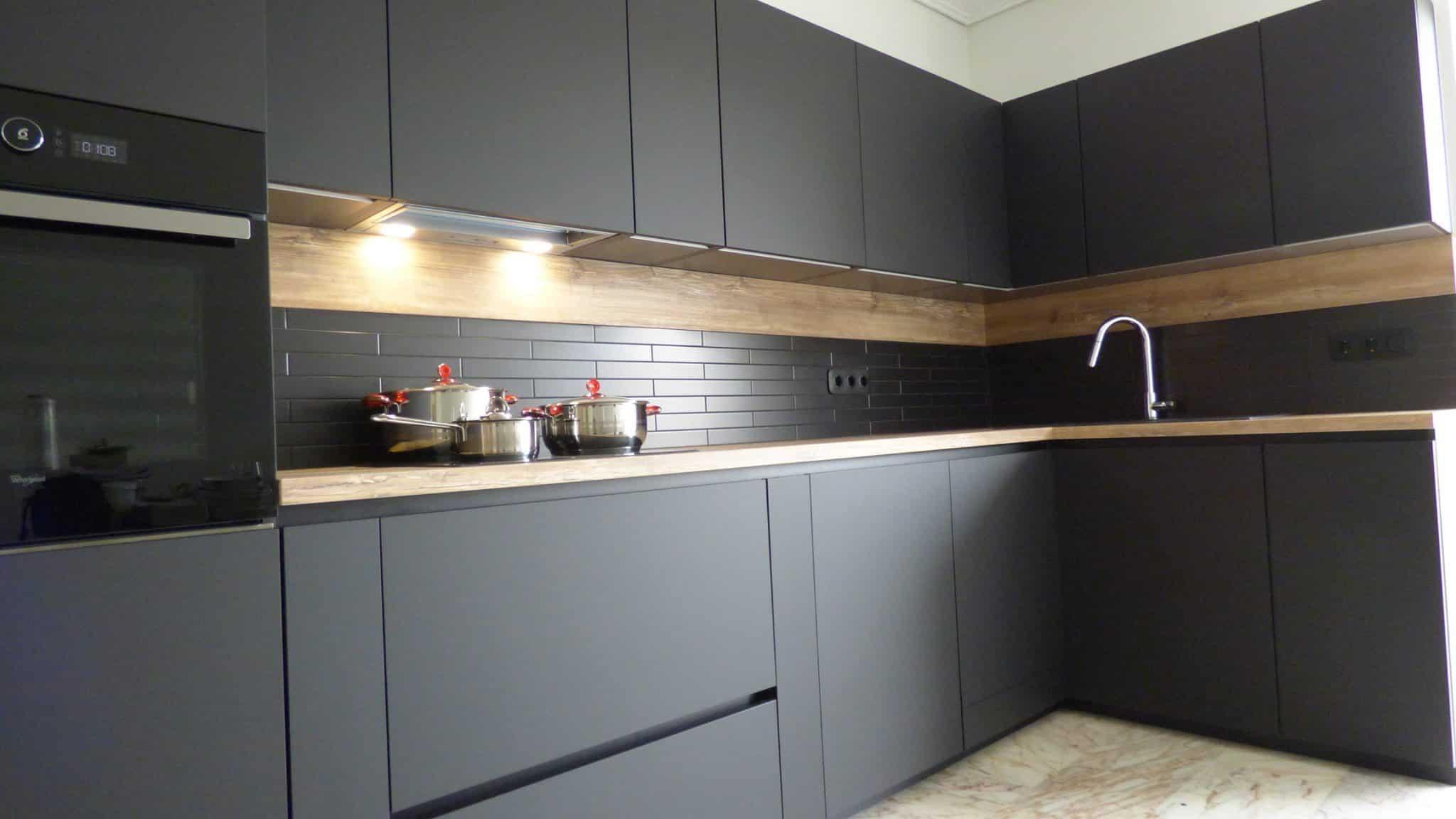 Επιπλα Κουζινας Fenix NTM® nero ingo 33